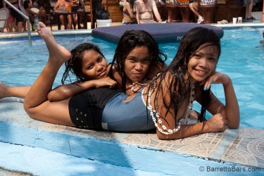Treasure-Island-Pool-Party-Apr-3-2011-134