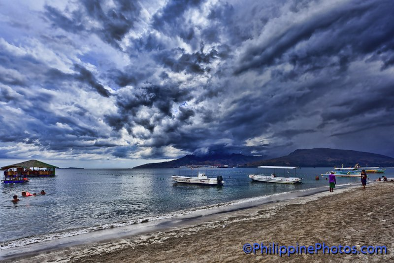 storm-clouds-subic-bay-1