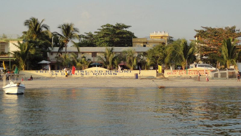 Treasure Island Beach Resort, Baloy Beach