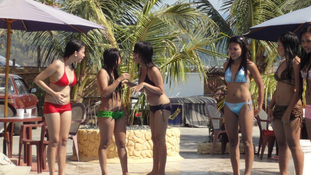 treasure-island-pool-party-066